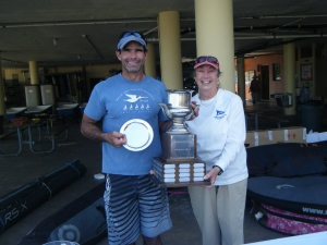 Susan Walcutt with skipper winner Ernesto Rodriguez and the Comodoro Rasco Perpetual trophy.